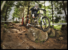 Fabien Barel is back... (Razorimages.com) Tags: mountainbike downhill dh vtt razor lacblanc coupedefrance razorimages razorphotoscom