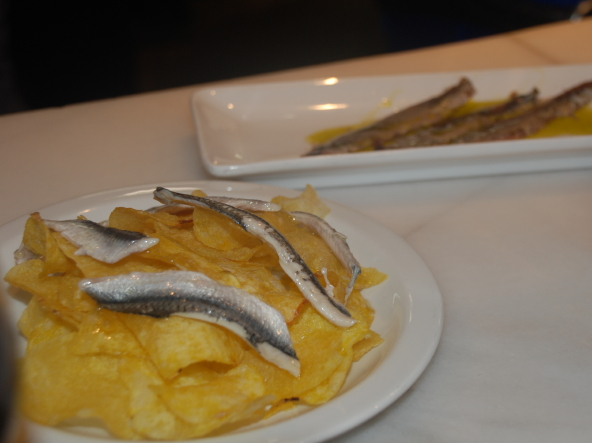 boquerone chips