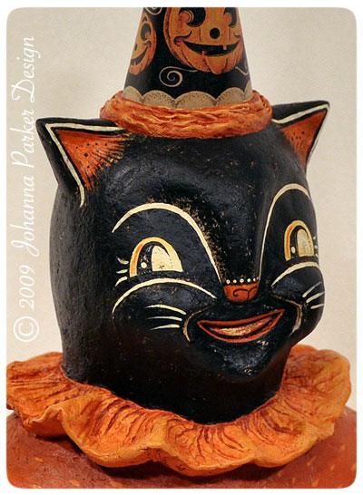"""Witty-Boo Kitty"" Black Cat Bust"