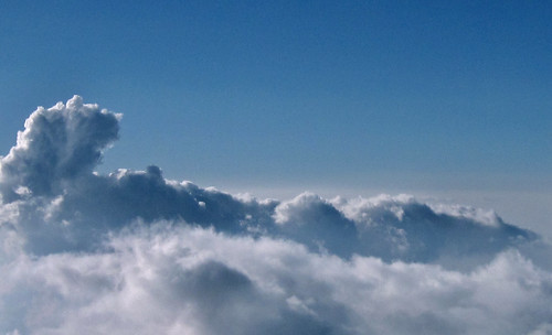 "aérea cielo 11 • <a style=""font-size:0.8em;"" href=""http://www.flickr.com/photos/30735181@N00/3775889047/"" target=""_blank"">View on Flickr</a>"