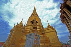 BANGKOK GRAND PALACE TEMPLE HDR (Geee Kay) Tags: sky canon thailand temple gold asia bangkok wat efs hdr 1022 xsi canon1022 canonxsi