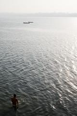 IN0900378F (Thierry Brsillon) Tags: morning india river bath faith prayer religion foi varanasi bain shiva hinduism rituel ganga inde matin ganges fleuve benares priere gange hindouisme