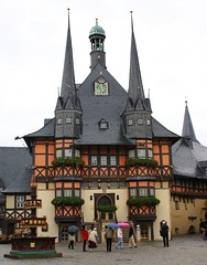 Rathaus Wernigerode (***Images***) Tags: beautiful distillery harz wernigerode fachwerkhaus halftimberedhouse greatphotographers 5photosaday citrit 100commentgroup travelsofhomerodyssey ringexcellence flickrtravelaward