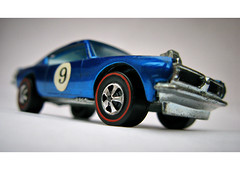 The King (alpine64andy) Tags: macro musclecar diecast vintagetoy plymouthbarracuda hotwheelsredline kingcuda vintagehotwheels vintagediecast originalhotwheels hotwheelsspoilers hotwheelskingcuda hotwheelsspectraflame