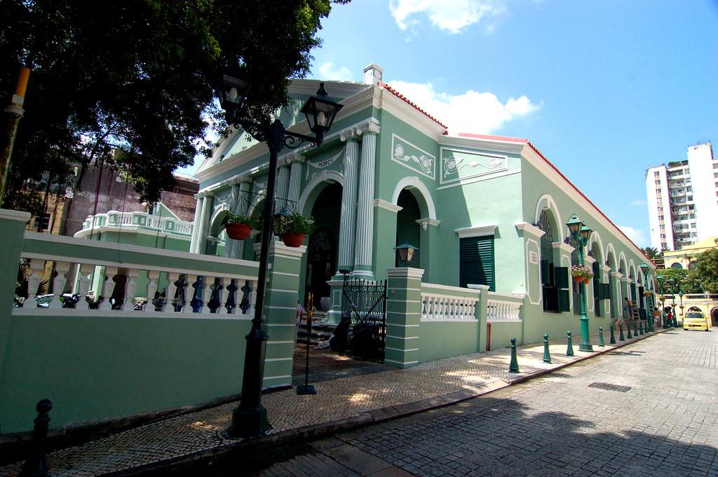崗頂劇院, Macau