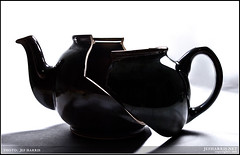Broken Tea Pot