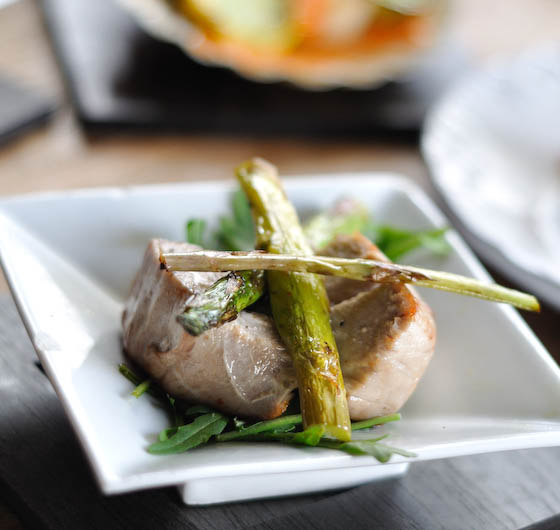 Seared Tuna with Asparagus