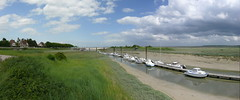 Le Hourdel, Baie de Somme, panoramique - Panorama (normandie2005_horst Moi_et_le_monde) Tags: sky panorama france clouds pano himmel wolken panoramic panoramica nuages panorámicas picardie panoramique ciels somme baiedesomme panorame cayeux panorâmicas panoraama cayeuxsurmer discoverfrance sommebay lehourdel panoràmiques côtepicarde panoramisch panoraminė πανοραμική panoramatické panoramisk панорамный بانورامي панорамна הקפיים panorāmas panoramiczny панораме panoramski панорамний picardycoast découvrirlafrance entdeckefrankreich