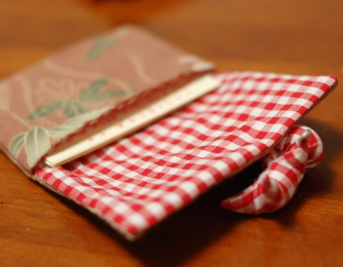 Sarubobo card holder