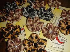 kanzashi oncinhas (dedo di moa) Tags: origami flor veludo oncinha kanzashi