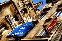 Calle del Louvre, París. Louvre Street.