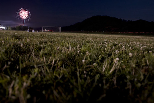 Jones_090703_Fireworks_09