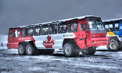 Ice Explorer (elementalPaul) Tags: snow canada cold bus ice rockies pentax glacier alberta freehand hdr jaspernationalpark banffnationalpark columbiaicefield canadianrockies athabascaglacier brewsters iceexplorer snowcoach photomatixpro 5xp k10d pentaxk10d