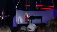 Taylor piano (Cricket_WFRY) Tags: taylor swift