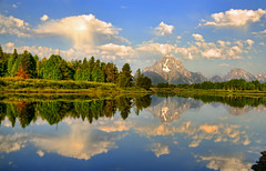 August Morning at Oxbow Bend (Jeff Clow) Tags: summer vacation reflection river landscape bravo scenery searchthebest explore frontpage grandtetonnationalpark oxbowbend jacksonholewyoming ©jeffrclow