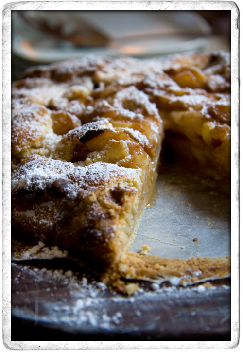 :: Rustic Pear Tart with Apricot Brandy