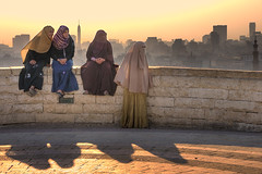 Curiosity (ania.egypt) Tags: travel light panorama woman sun holiday nikon afternoon minaret islam egypt hijab cairo niqab curiosity wakacje egipt kobiety popoudnie kobieta khimar podr kair wiatlo ciekawo sloce higab hidab