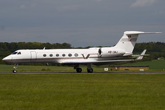 HB-IMJ - 517 - G5 Executive - Gulfstream V - Luton - 090505 -Steven Gray - IMG_2051
