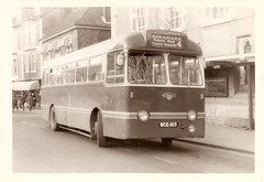 King Alfred bus, WCG 103, 1959 Leyland PSCU1/1 - Winchester November 1972 (mikeyashworth) Tags: hampshire winchester 1972 1959 leyland leylandtigercub leylandbus kingalfredmotorservices kingalfredbus 11november1972 leylandpscu11 weymannbodywork wcg103 mikeashworthcollection
