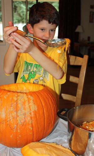 Ross spooning pumpkin goop