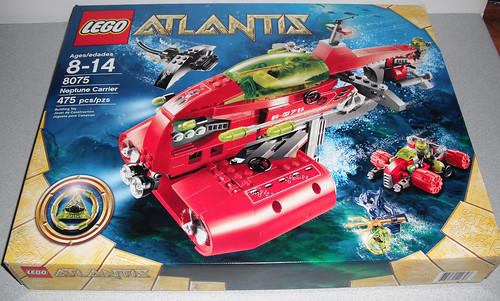2010 LEGO Atlantis 8075 Neptune Carrier