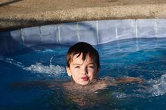 #184 (marielii) Tags: chile summer pool kid piscina casablanca feliz joaco pitama verano2010 2aosnuevemeses