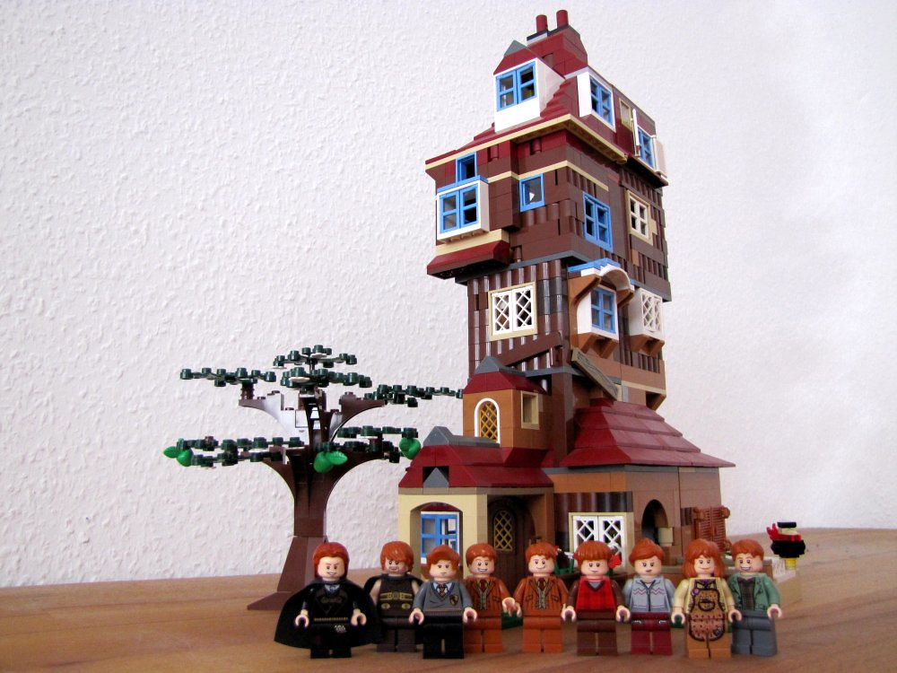 The Burrow With Weasleys Izzy Doe Tags Lego Harrypotter Moc