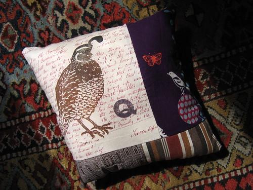 quail pillow front