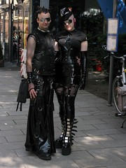 Wave-Gotik-Treffen @ Leipzig 31.05.09 (Cascotie) Tags: girls black girl leather wave leipzig latex ragazza gotisch ragazze gotica wavegotiktreffen gotiche 310509