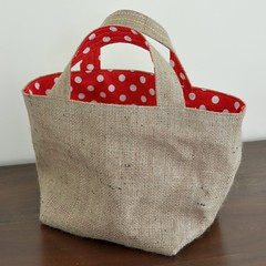 Sneak Peak (Rosina Huber) Tags: etsy cloth eco reusable redpolkadot markettote burlappicnik rosyundposy
