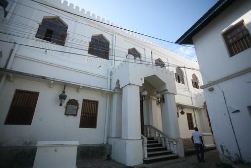 facade of Ijumaa Mosque