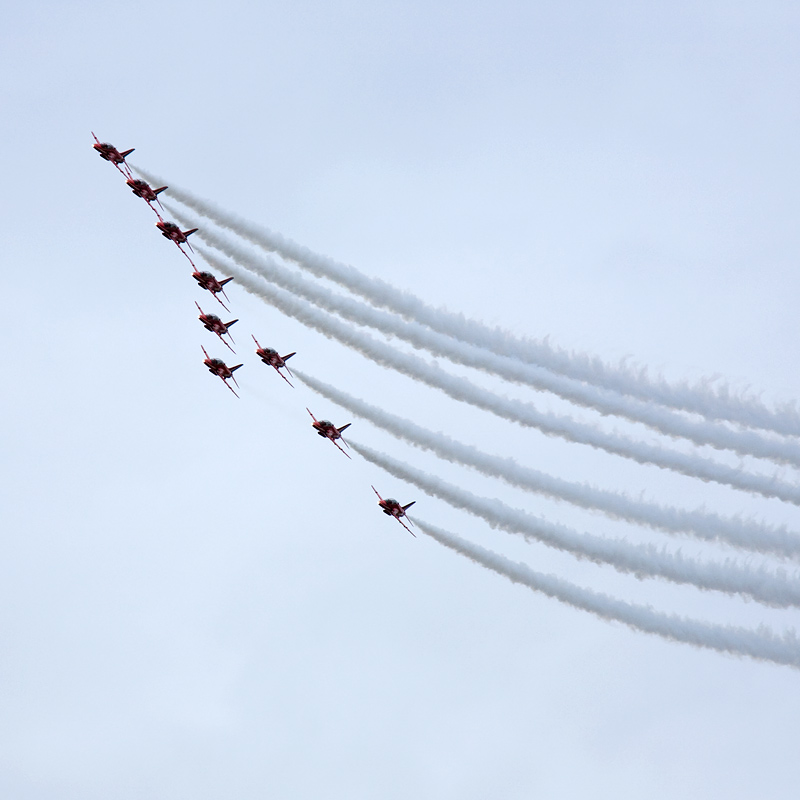 red arrows at Duxfrod