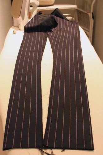 trouser open
