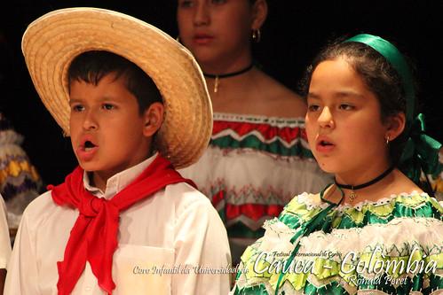coro_cauca_colombia_090923RP4340