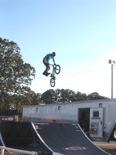 BMX Stunt Show - 1