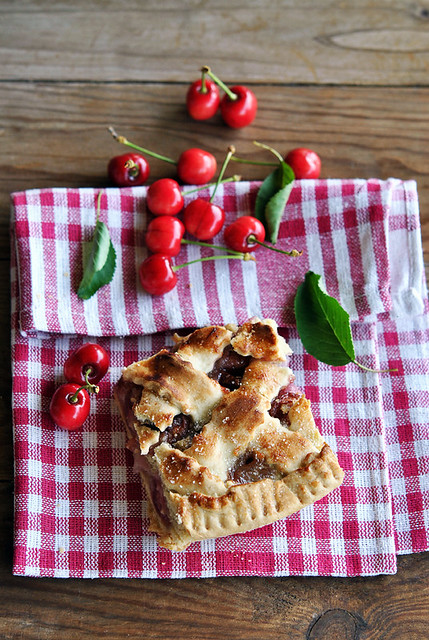 2.Cherry pie alle mandorle
