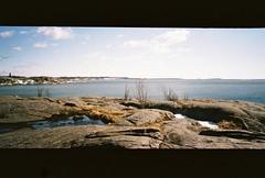 (ZhoraZhoraZhora) Tags: sea finland helsinki baltic april