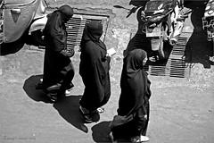 triad (Gaurav_Patil) Tags: blackandwhite bw sun india black three community women indian hijab maharashtra noon muslims niqab pune triad burkha ganeshpeth tadka09wk23