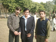 Rana Shoaib Ahmed Khan With Friends (Rana Shoaib Ahmed Khan) Tags: old friends pakistan golden memorial university with bade president memories ali khan rana society ahmed lahore shoaib ghulam of khanvoice