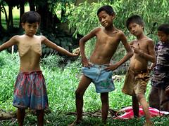 masaya (happy) (chaliemen) Tags: poverty children happy kid philippines bata pinoy pogi gutom pilipinas masaya maganda payat kahirapan