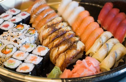 Toshi Sushi 40 piece Sushi Platter