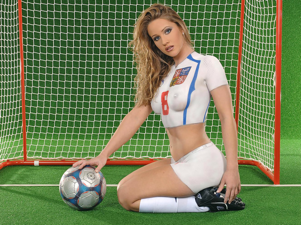 Football Style Sexy Model Body Painting