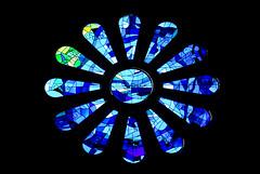 Rose Window (Kikko Design) Tags: barcelona travel spain catalunya sagradafamilia monuments barcellona spagna gaudì kikko gaud kikka kikkoekikka patoepaty