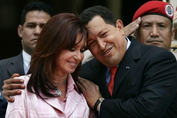 Hugo Chávez boina roja militar