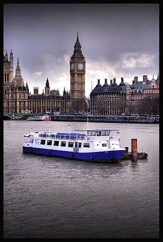 Londres Clásico por AColaso.