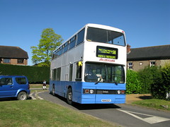 Titan at Trottiscliffe (DaveAFlett) Tags: buses kent titans leyland independentbuses