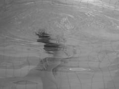 Silencios 2 (Cuartitos Cerebrales) Tags: water women underwater swimmer silences