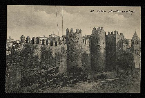 Torres de la Reina a inicios del siglo XX. Foto Linares
