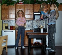 family moments in the ooak kitchen (SS-Designs Doll Interiors) Tags: family kitchen ooak ken barbie kelly krissy rement diorama frenchcountry myfirstkenmore ssdesignsdollinteriors customplayscalefurniture
