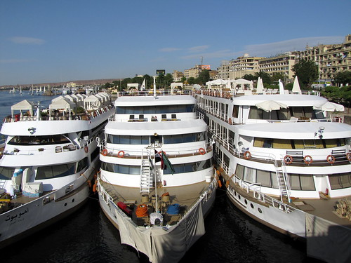 4058085441 220a43a796 - Meet and Greet Egypt on a Nile Cruise Holiday